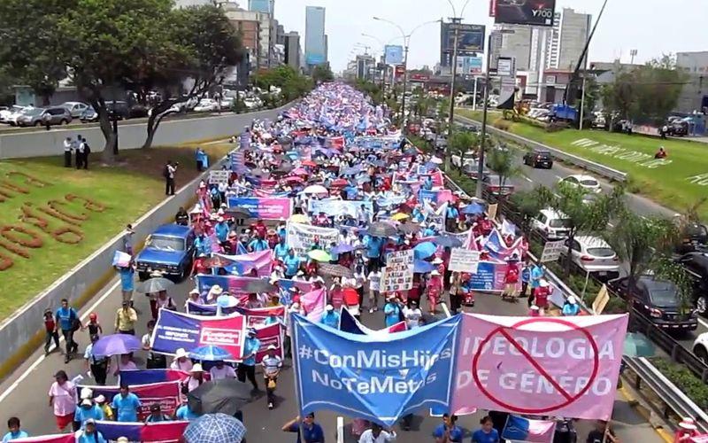 Perú: Más de medio millón de personas marcharon en contra de la ideología de género